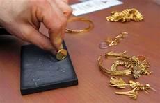 comment savoir si un bijou est en or 192 qui et o 249 revendre mes bijoux unvraibijou