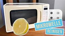 Mikrowelle Reinigen Mit Zitrone Reinigung Trick