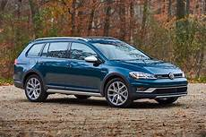 vw golf alltrack 2018 volkswagen golf alltrack new car review autotrader