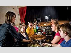 Outta Control Magic Comedy Dinner Show ? Attractions
