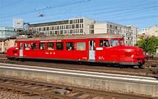 öffentliche verkehrsmittel oeffentliche verkehrsmittel der oebb rote pfeil rbe 2 4 202