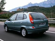 Nissan Almera Tino 2000 2001 2002 2003 2004 2005