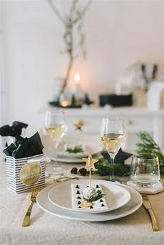 Weihnachtliche Tischdeko Bilder - inspiration skandinavische weihnachtstischdekoration
