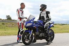 201 Cole De Pilotage Race Experience School Pour Les Motards
