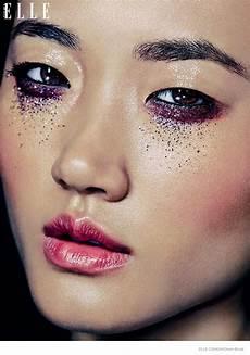 model glittery makeup looks in