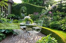 Gap Gardens Terrace With Seating Area In Cottage Garden