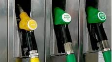 faut il acheter essence ou diesel acheter une voiture diesel ou essence doit on encore se
