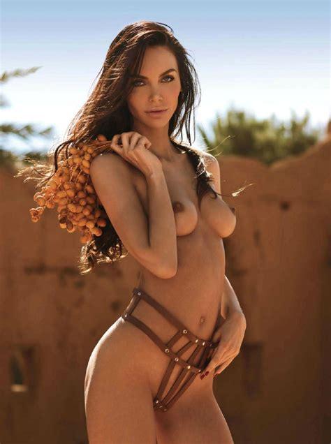 Iggy Azalea Naked