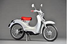 Honda Confirms New Electric Scooter For 2018 Autoevolution