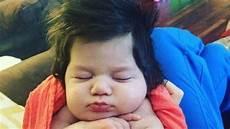 5 Bayi Ini Dilahirkan Dengan Bentuk Rambut Yang Gak Biasa