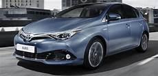 Yeni Toyota Auris 1 6 Dizel Ve 1 2 Turbo Inli Ile Geliyor