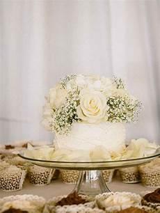 Cake Ideas For Weddings 16 wedding cake ideas with cupcakes