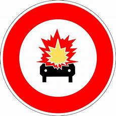 interdiction voiture panneau d interdiction aux v 233 hicules transportant des marchandises explosives ou inflammables en