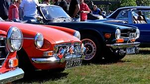 MGB Vs TR6 Classic British Sportscars Compared  How To