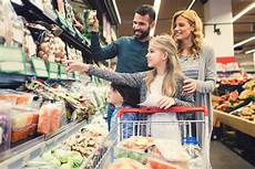 to food to go reducing food waste at home starts at the grocery store