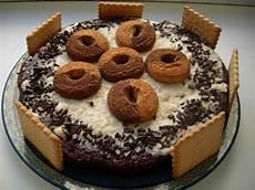 torta con i wafer sweets and city torta al cacao con crema al latte e wafer