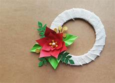 easy crafts for poinsettia wreath