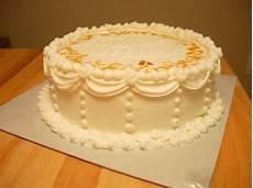 decorazioni torte con panna montata cake design con panna cioccolato e pasta di zucchero come decorare le torte foto
