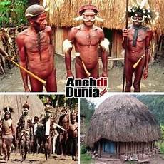 Suku Terpencil Terasing Di Indonesia Berita Aneh Dan