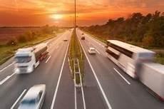 geschwindigkeit autobahn italien verkehrsregeln in italien 220 berblick bu 223 geldkatalog 2020
