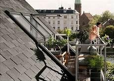 dachfenster mit balkon austritt so funktioniert das dachfenster mit balkon