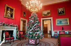 Whitehouse Decorations by Melania Unveils White House Decor