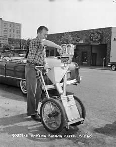 File Seattle Worker Emptying Parking Meter 1960 Gif