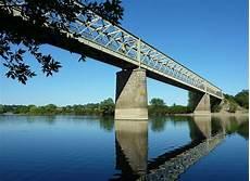 pont en pont de pruniers wikip 233 dia