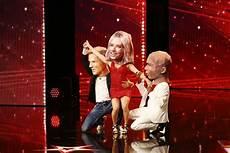 Das Supertalent 2018 Tiga Grell 252 Berrascht Jury Mit Ihrem