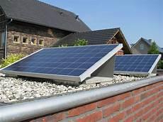 Photovoltaikanlagen Profil Garage Zuid 690wp Aus Culemborg