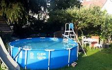 untergrund für pool im garten tipps rund ums thema schwimmbecken im garten