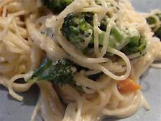 angel hair pasta with chicken recipe taste of home angel hair pasta with herbed chicken recipe food com