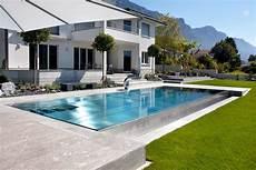pool aus edelstahl wasser im garten moderner edelstahl pool pool wasser