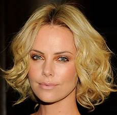 charlize theron short blonde curly bob hairstyles homecoming hairstyles