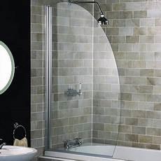 mettre une à la place d une baignoire installer un pare baignoire consobrico