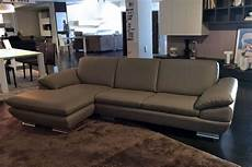 outlet divano divano outlet calia divani a prezzi scontati