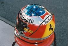kacang polong kecil michael schumacher helmet