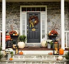 Herbst Deko Vor Dem Hauseingang Einladende Akzente