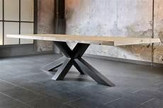 salle a manger table style industriel design trunk plateau
