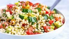 Rezept Couscous Salat - our favorite lemon herb couscous salad recipe