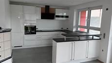 küchen mit theke m 246 bel k 252 chen schreinerei k 246 nig