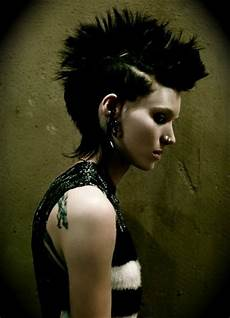 cult film freak the girl with the dragon tattoo 2011