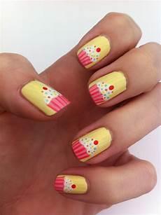 cupcakes cupcake nail art fabulous nails cool nail art