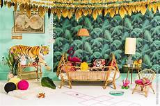 jungles birds and jungle room on
