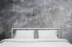 peinture effet beton peinture effet b 233 ton usages application conseils prix