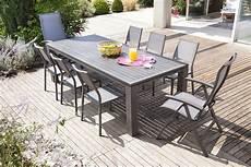 table de jardin moderne tendance d 233 coration du jardin et design exterieur
