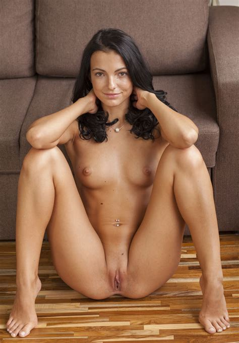 Brittany And Nude
