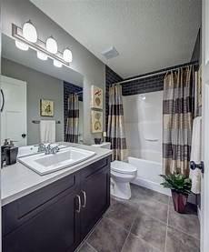 Updating Bathroom Ideas Fibreglass Shower Surround 5 Bathroom Update Ideas