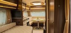 wohnwagen gemütlich einrichten gling luxuri 246 ses cing mit cerdays