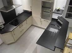Plan De Travail Cuisine Granit Noir Fin Aspect Cuir Wmv